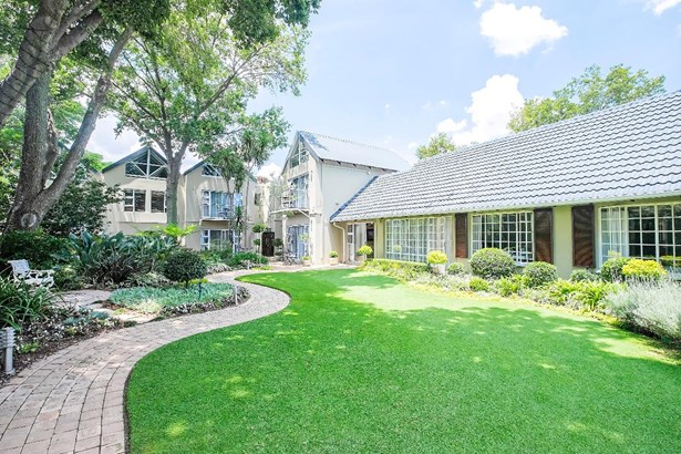 25 River, Rivonia, Sandton - ZAF (photo 1)