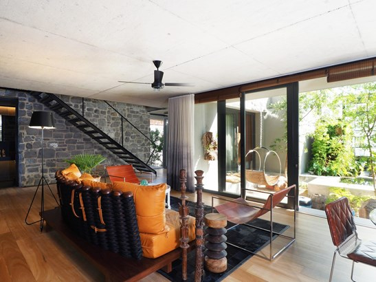 4 Houghton, Camps Bay, Cape Town - ZAF (photo 1)