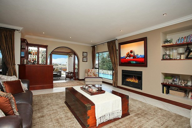 6 Muirfield, Eagle Canyon Golf Estate, Roodepoort - ZAF (photo 4)