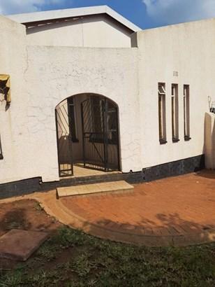 26 Kings , Soweto - ZAF (photo 1)