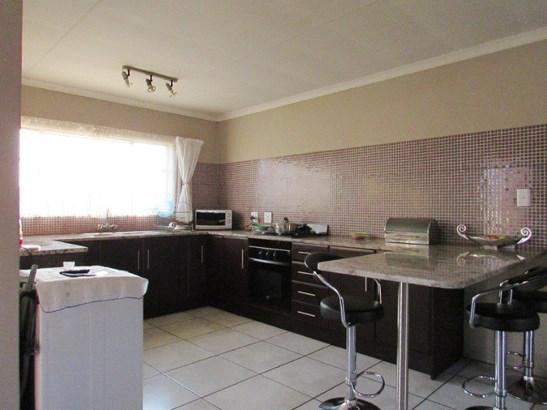 Krugersrus, Springs - ZAF (photo 3)