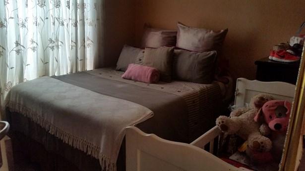 Protea Glen & Ext, Soweto - ZAF (photo 5)