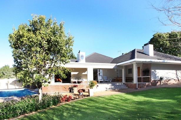 4  Mills, Valmary Park, Durbanville - ZAF (photo 1)