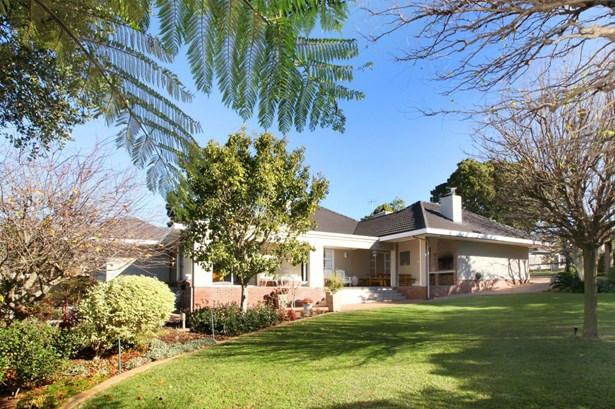 4  Mills, Valmary Park, Durbanville - ZAF (photo 2)