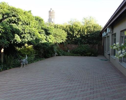 New Park, Kimberley - ZAF (photo 5)