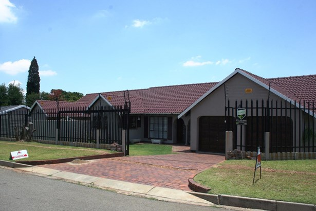Eden Glen, Edenvale - ZAF (photo 1)