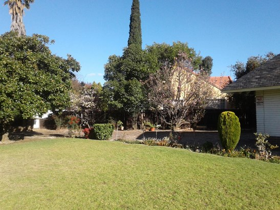 Selcourt, Springs - ZAF (photo 3)