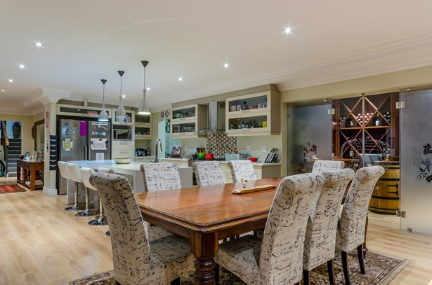 Croydon Vineyard Estate, Somerset West - ZAF (photo 5)