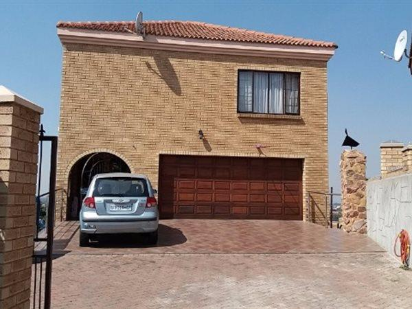 South Crest, Alberton - ZAF (photo 1)