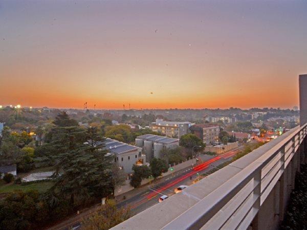 70 Atholl Oaklands, Melrose Arch, Johannesburg - ZAF (photo 5)