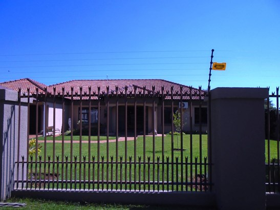 Kuruman - ZAF (photo 2)