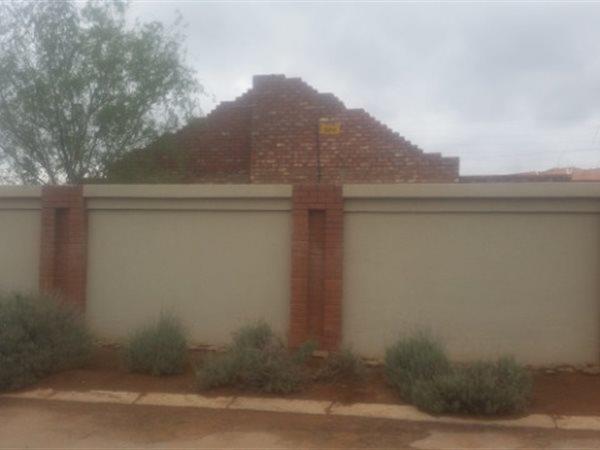 Hadison Park, Kimberley - ZAF (photo 2)