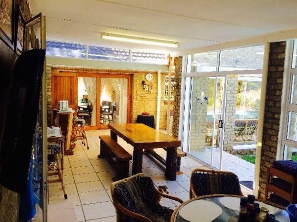 22 Connaught, Vanes Estate, Uitenhage - ZAF (photo 3)