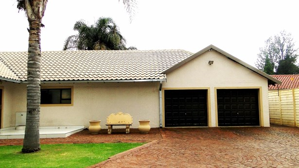 124 Griessel, Boksburg - ZAF (photo 3)