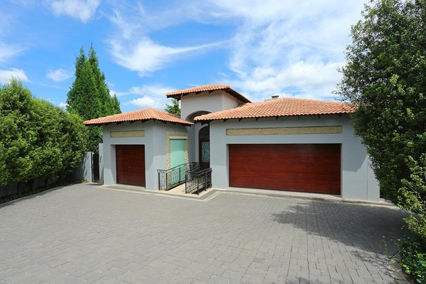 1145 Colonial, Eagle Canyon Golf Estate, Roodepoort - ZAF (photo 1)