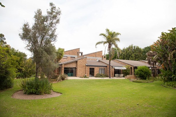 Proteaville, Durbanville - ZAF (photo 2)