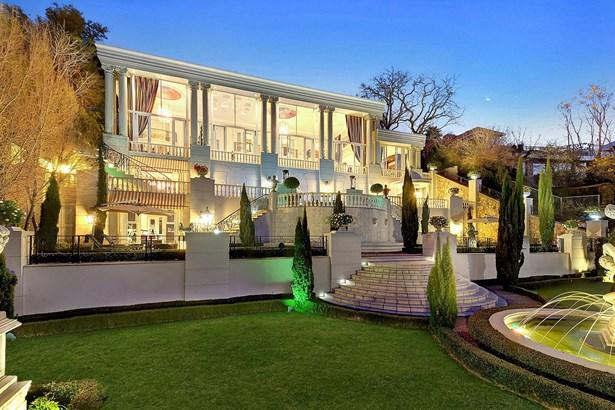 83 Saint Patrick, Houghton Estate, Johannesburg - ZAF (photo 2)