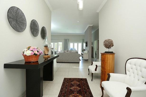 Parkhurst, Johannesburg - ZAF (photo 3)