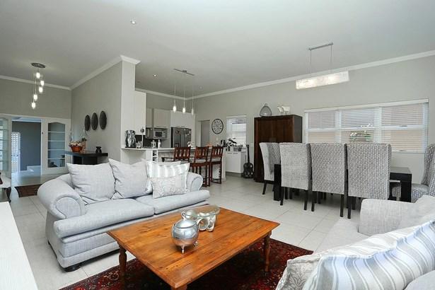 Parkhurst, Johannesburg - ZAF (photo 4)