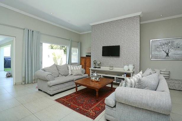 Parkhurst, Johannesburg - ZAF (photo 5)
