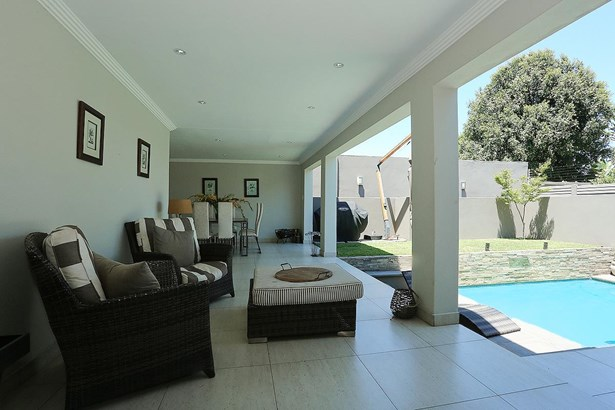 Parkhurst, Johannesburg - ZAF (photo 1)