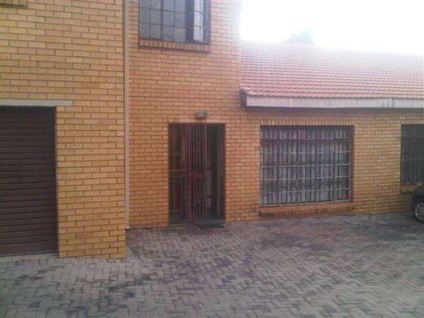 Kwaggasrand, Pretoria - ZAF (photo 3)