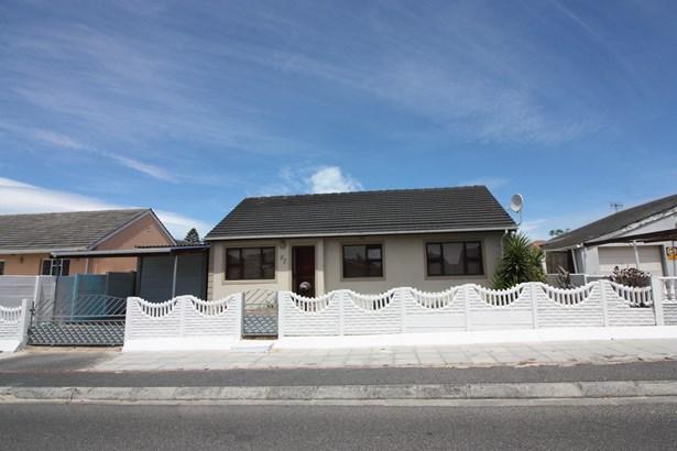 92 Banjo Walk, Belhar, Cape Town - ZAF (photo 1)