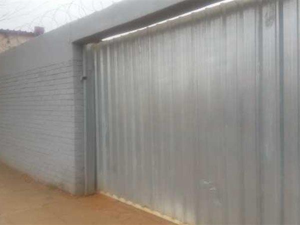 West End, Kimberley - ZAF (photo 4)