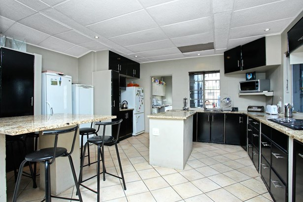 Sydenham, Johannesburg - ZAF (photo 5)