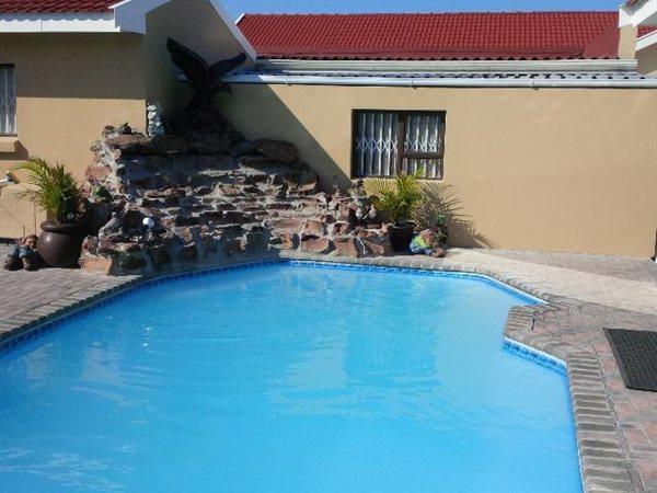 57 Claude, Bluewater Bay, Port Elizabeth - ZAF (photo 4)