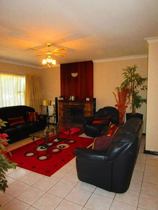 16 Alfreda , Harmelia, Germiston - ZAF (photo 3)