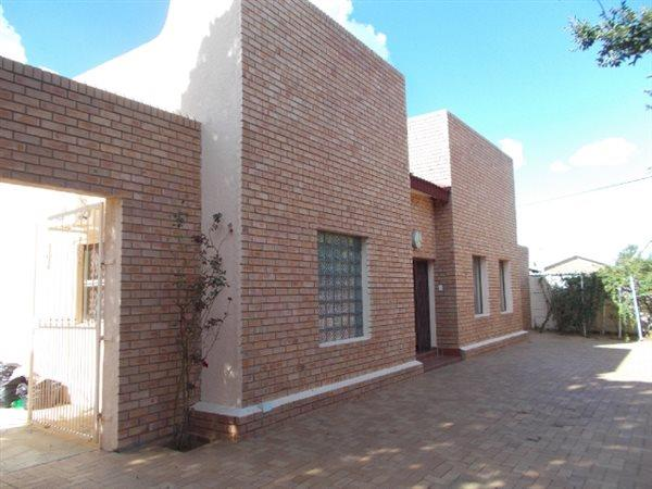 Vryburg - ZAF (photo 1)