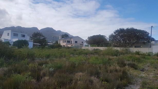 30 Hilton, Pringle Bay - ZAF (photo 4)