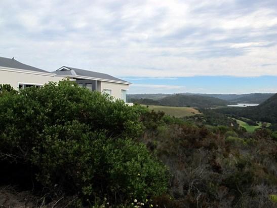31 Brackenridge Estate, Brackenridge, Plettenberg Bay - ZAF (photo 1)