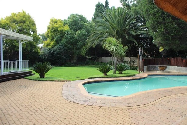 8 Ivy, Brackenhurst, Alberton - ZAF (photo 2)