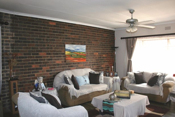 4 Vincent, Eden Glen, Edenvale - ZAF (photo 3)