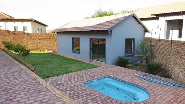 Bergtuin, Pretoria - ZAF (photo 4)
