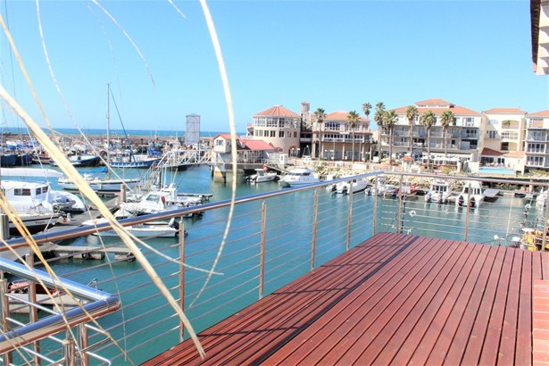 18 Upperdeck, Port St Francis, St Francis Bay - ZAF (photo 2)