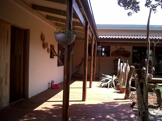 1 Grahamstown, Kenton On Sea - ZAF (photo 4)