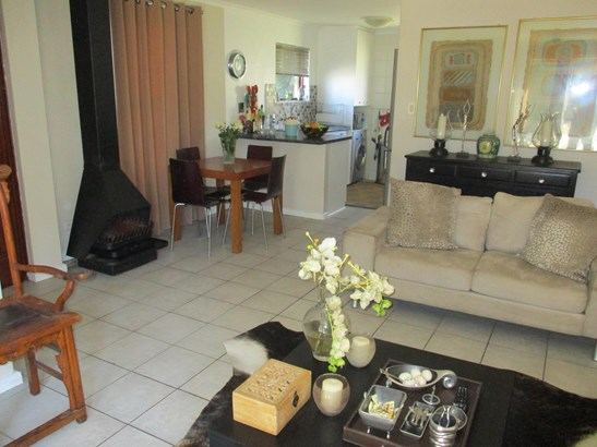 4 Savoye, Edgemead, Goodwood - ZAF (photo 3)