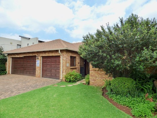 25 Robin, Boksburg - ZAF (photo 1)