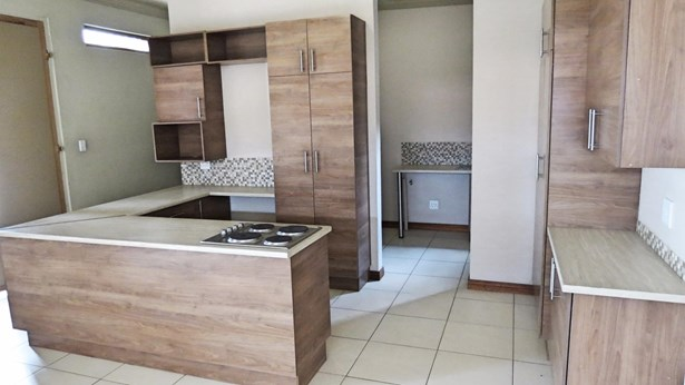 Rietfontein, Pretoria - ZAF (photo 2)