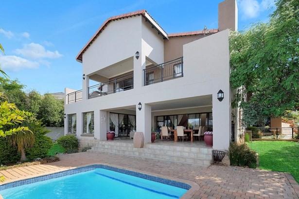 817 Batis, Featherbrooke Estate, Krugersdorp - ZAF (photo 1)