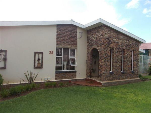 Vryburg - ZAF (photo 2)