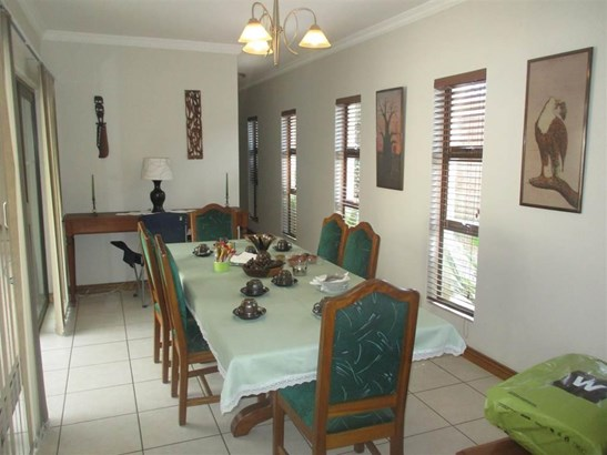 67 Prins Albert, Brackendowns, Alberton - ZAF (photo 5)