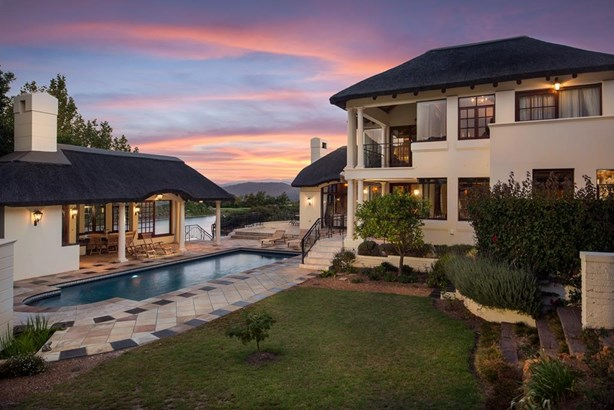 3 Peregrine Place, Erinvale Golf Estate, Somerset West - ZAF (photo 2)