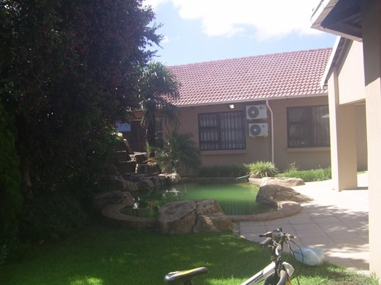 92 Lindeque, Meyersdal Estate, Alberton - ZAF (photo 4)