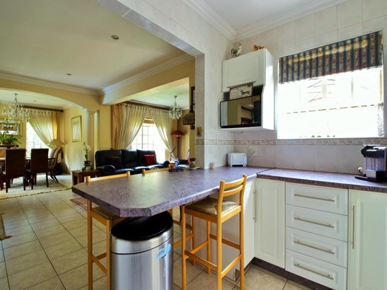 21 Keurboom , Dowerglen, Edenvale - ZAF (photo 5)