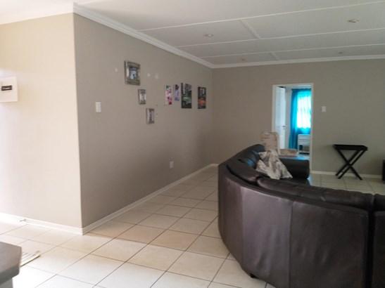 Hadison Park, Kimberley - ZAF (photo 5)
