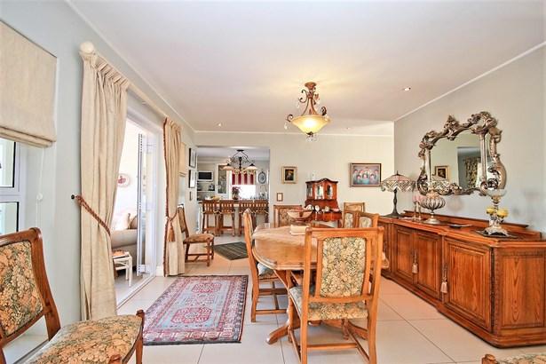 Digteby Estate, Stellenbosch - ZAF (photo 2)